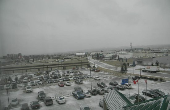 Hilton Garden Inn Calgary Airport: Rainy day