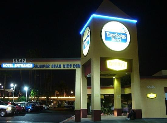 Pictures of Travelodge Hotel at LAX - Hotel Photos