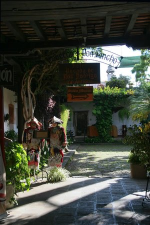 Hotel Posada de Don Rodrigo: Il cortile