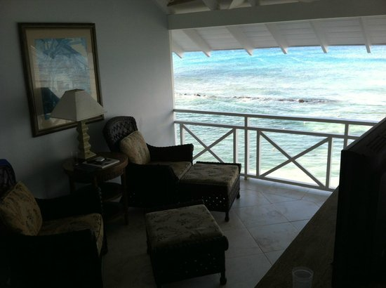 The Club, Barbados Resort and Spa: sitting area off the bedroom