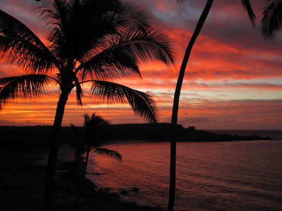 Lanai City, HI: Sunrise from room