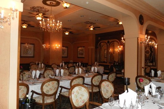 Hotel Riu Vallarta: Sir George Dining Room - excellent