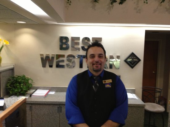 BEST WESTERN Luxbury Inn Fort Wayne: Johnray at your service!