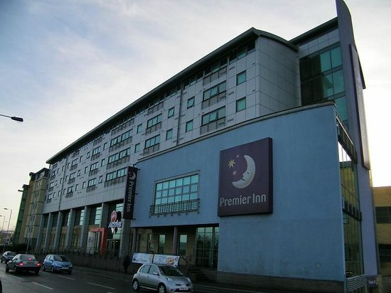 Premier Inn London Wimbledon South: Hotel view