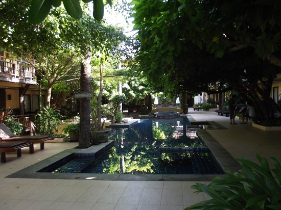 Phra Nang Inn: Piscina intera