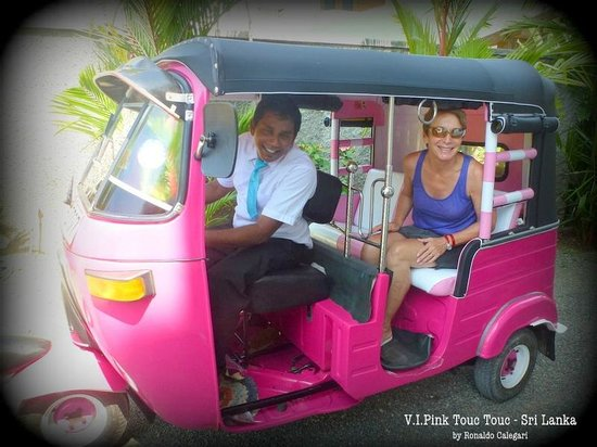 Ridee Villa: V.I.Pink Tuc Tuc
