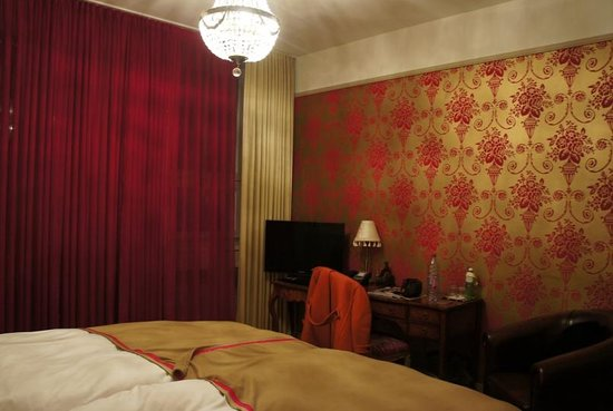 Townhouse Boutique Hotel: bedroom 12