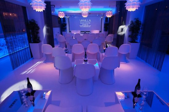 Cabaret Style Meeting Set Up Picture Of Vanilla London