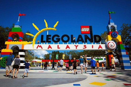 12 Largest Shopping Malls Near Legoland Malaysia (Updated)