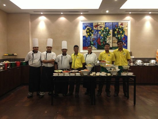 Lemon Tree Hotel, Chennai: Service-Team