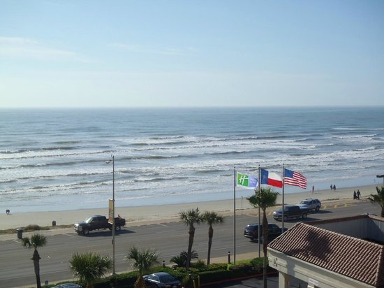 Holiday Inn Resort Galveston-On The Beach: straight out from balcony