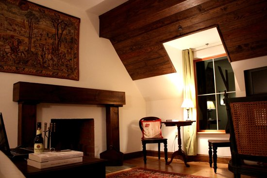 Wedmore Place: Ardennes Room