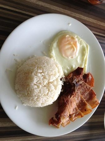 Paranaque, Filippinene: Porksilog... can be improved!