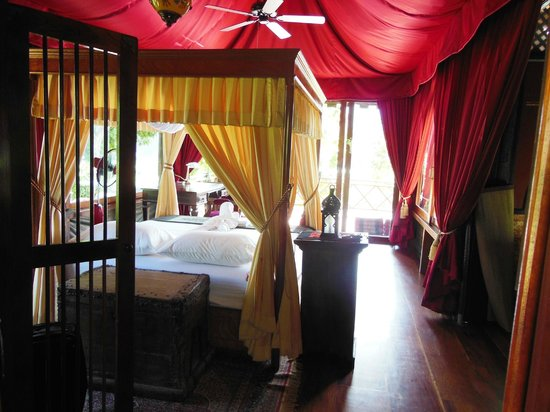 Shangri Lao: Tent No 1 &#39;Inspiration&#39;