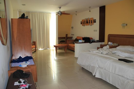 Grand Sirenis Mayan Beach Resort & Spa: the room
