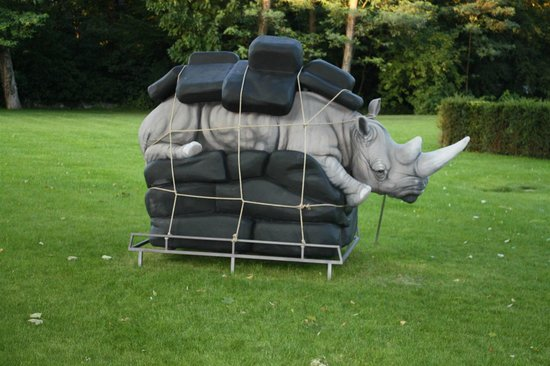 La Reserve Geneve Hotel & Spa: Look at this rhino ;)