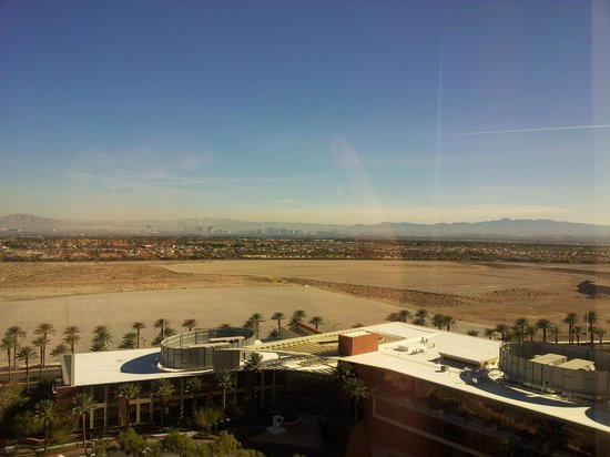 Red Rock Casino Resort & Spa: View from the 14th floor...the strip in the background
