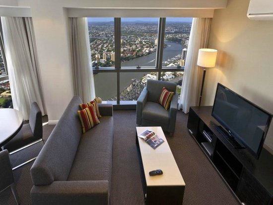 2 Bedroom River View Apartment Picture Of Meriton Serviced Apartments Brisbane On Adelaide