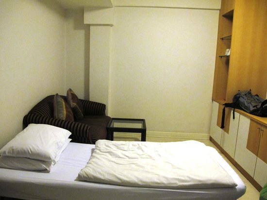 Grand Watergate Hotel: Mini hall after adding extra bed
