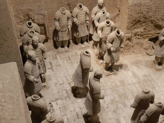 The Museum of Qin Terra-cotta Warriors and Horses: The heads of these statutes are still waiting to be pieced back together