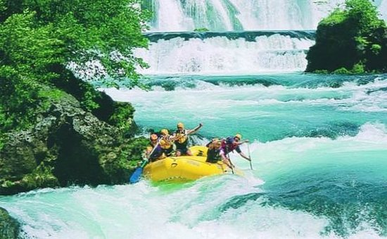 Huck Finn - Private Day Tours: Rafting on the Una River