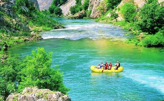 Huck Finn - Private Day Tours: Rafting on the Zrmanja River