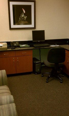 Chantilly, VA: Business Center