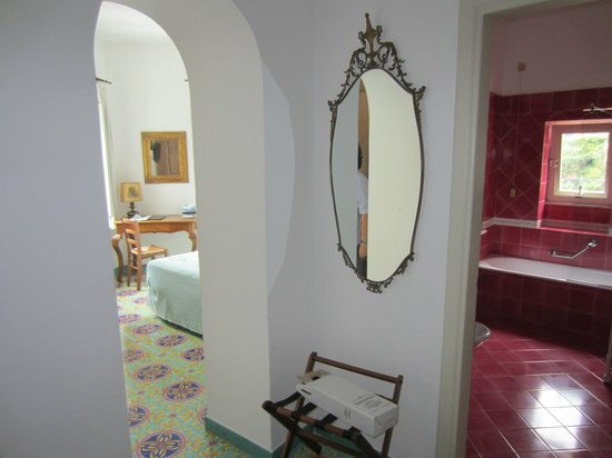 Hotel Savoia: #402 front entry..bedroom to left, bath to right