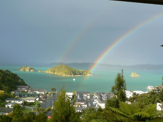 Allegra House: Double Rainbow from Room 1st Evening