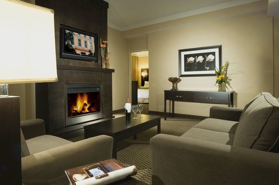 Delta Guelph Hotel & Conference Centre: Hotel Luxury Guest Suite