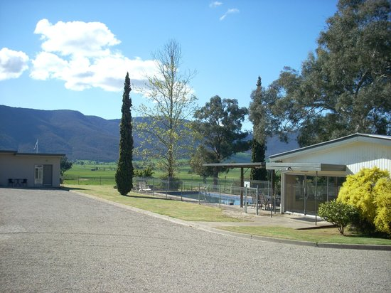 Mountain view motel corryong see 45 reviews and 19 for Mt vista cabina e motel