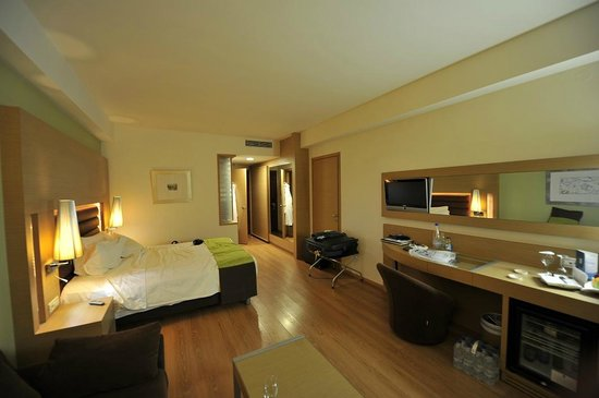 "Minoa Palace Resort & Spa: Aile ""Imperial"" type ""double room"" (chambre)"