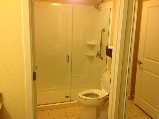 Residence Inn Marriott West Chester: bathroom