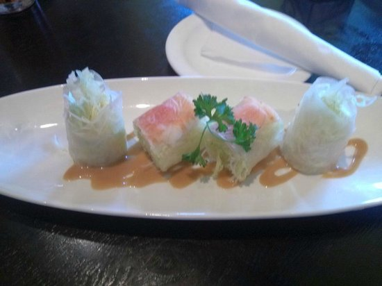 , : Vietnamese Summer Roll