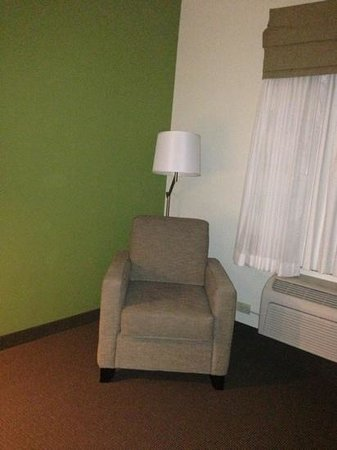 Sleep Inn & Suites: room 325