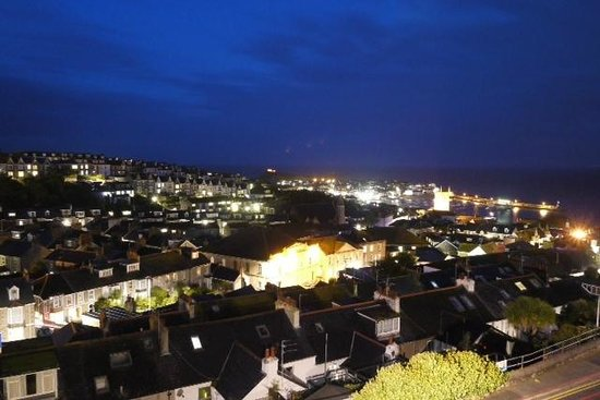Little Leaf Guest House: St Ives City/ night
