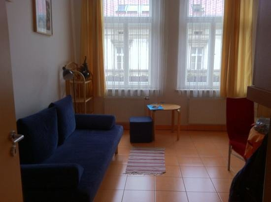Aparthotel City 5: Our living room.