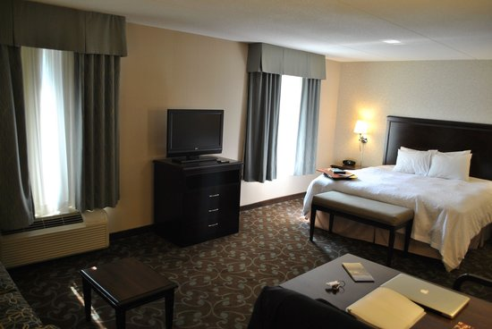 Hampton Inn & Suites by Hilton Barrie: Sleeping area