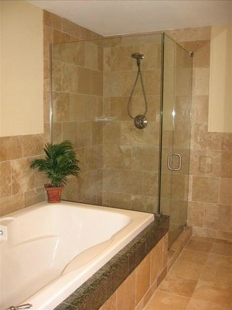 Ocean Club at Biloxi: Suite B Bathroom with garden tub and glass shower