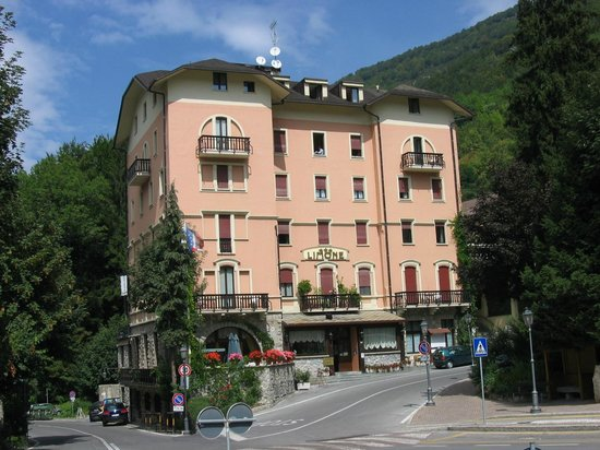 Limone Palace Aparthotel