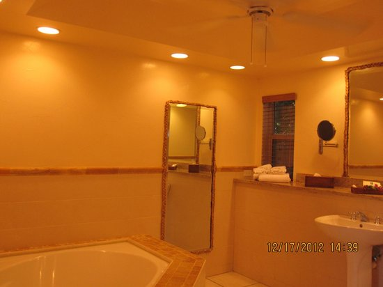 Galley Bay Resort: Bathroom