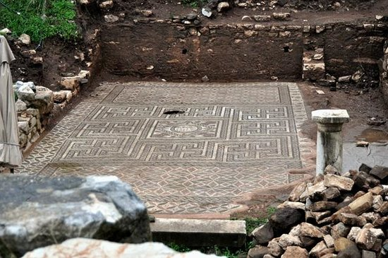 Recently unearthed Mosaics - Picture of Ancient Messini ...