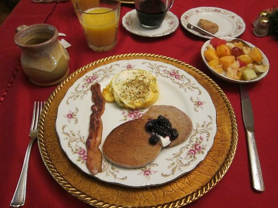Downtown Historic Bed &amp; Breakfasts of Albuquerque: Breakfast