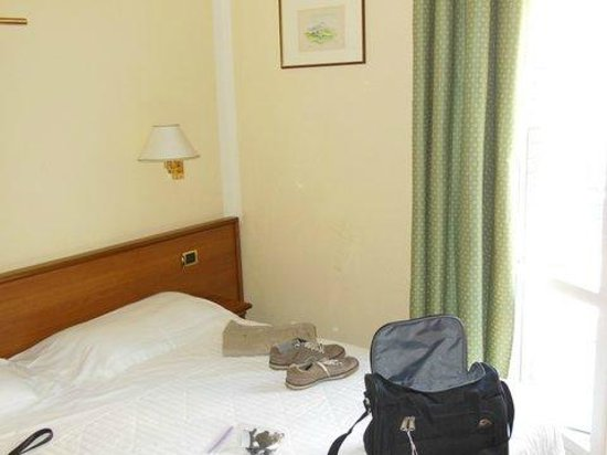 Nuovo Hotel del Porto: Basic room, but clean and comfortable