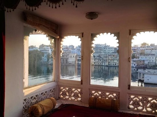 View from bay window picture of lake pichola hotel for Discount bay windows