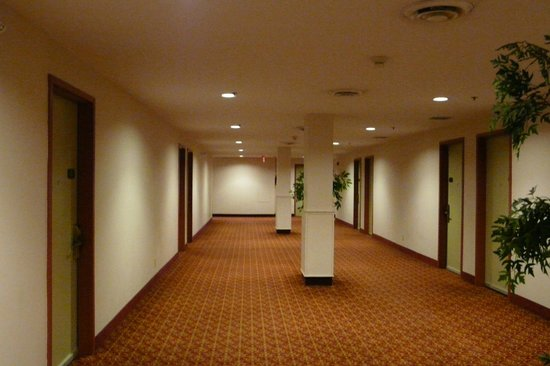 The Marlborough Hotel: Corridors can be confusing