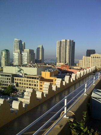 Gaslamp Plaza Suites rooftop view SW
