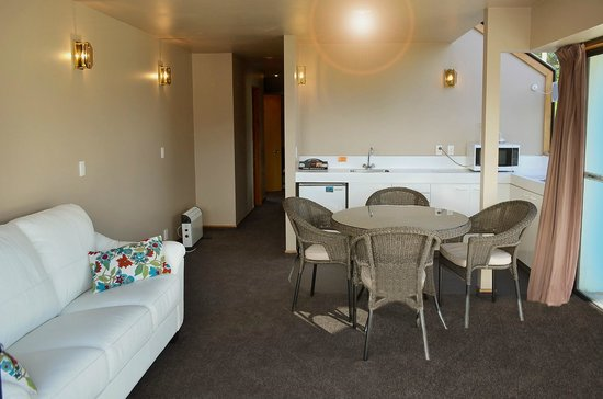 Melbourne Lodge Bed & Breakfast: 2 Bedroom Apartment