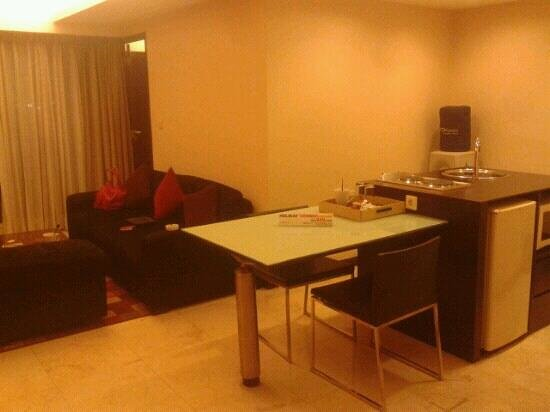 Aston Braga Hotel & Residence, Bandung: business executive room 906