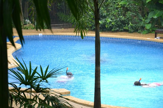 Phu Pha Ao Nang Resort and Spa: View from room to pool area